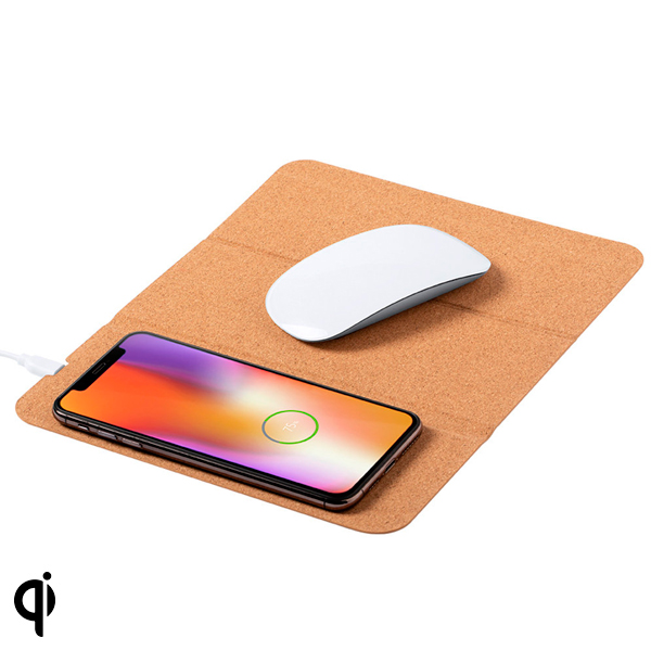 Mat with Qi Wireless Charger 146615